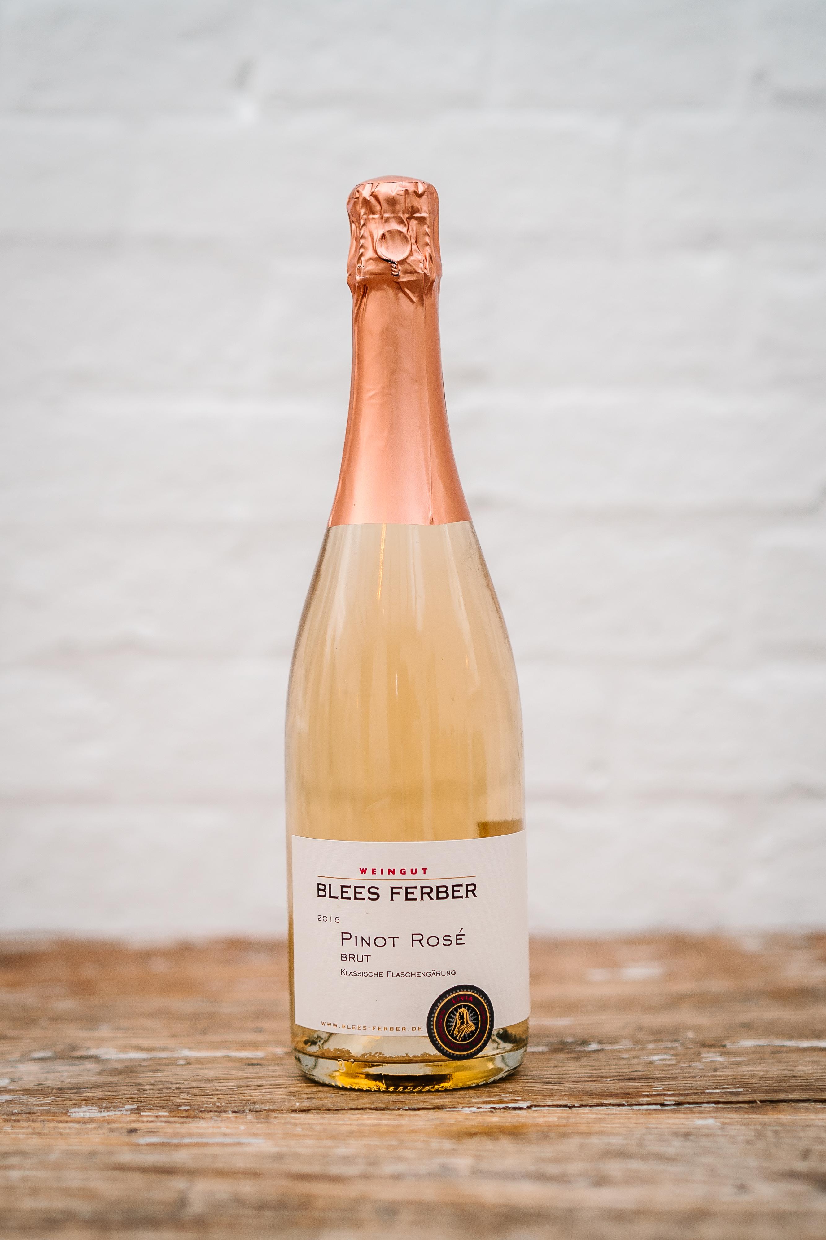 Egen vinimport i Hørning Huset